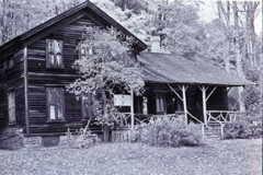 Woodchuck Lodge. Photograph by Edward J. Renehan Jr.