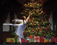 Grace Livermore as Clara in the 2005 Fokine Ballet production of The Nutcracker. Photograph by Robert Bensen